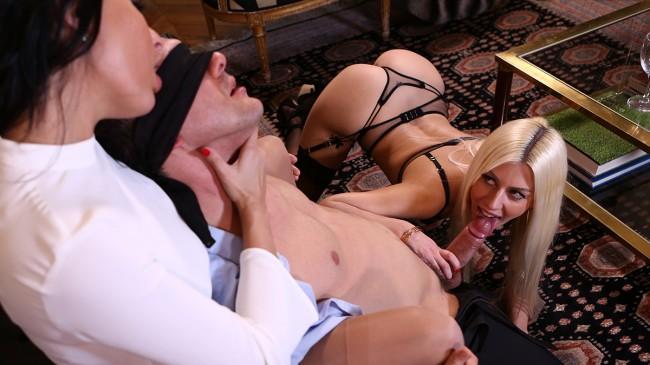 Anissa Kate & Jessie Volt réunies pour un trio pervers et hard