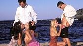 Lucy Lee, Julie Silver, Anita Queen : Orgie hard et fellation a fond sur la plage pour trois belles vacancières a gros seins 4